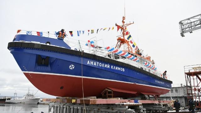 Применение материалов торговой марки АКРУС® при строительстве катера